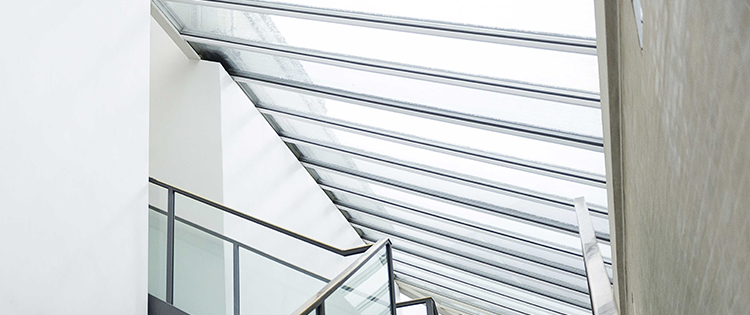 Cara Tepat Membersihkan Atap Polycarbonate