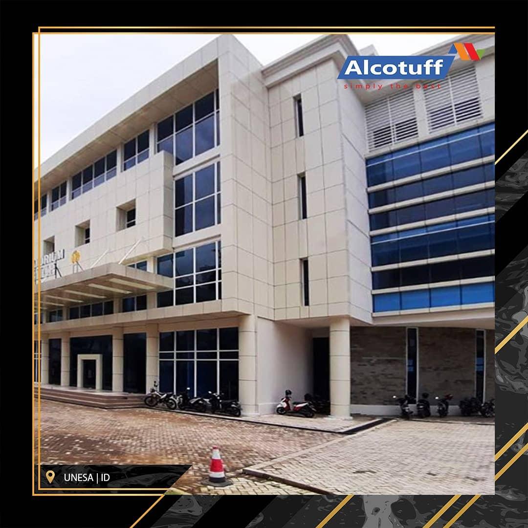 aplikasi acp alcotuff pada unesa exterior bangunan