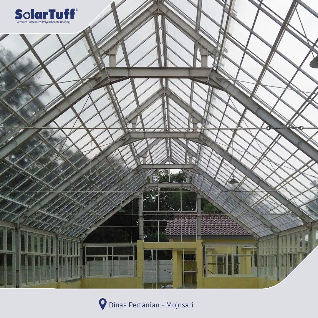 atap plastik solartuff pada greenhouse dinas pertanian mojosari