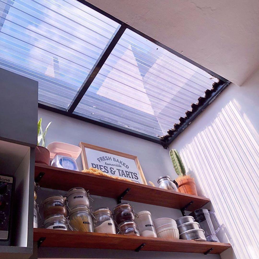 atap polycarbonate solartuff untuk dapur terang skylight