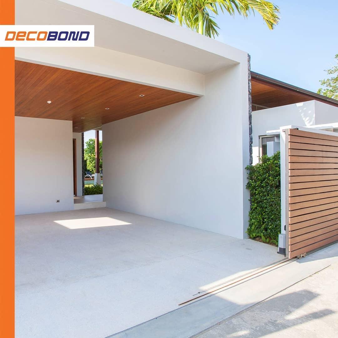 fasad rumah minimalis plafon acp motif kayu