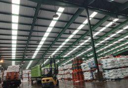 kelebihan atap gudang alsynite fiber transparan