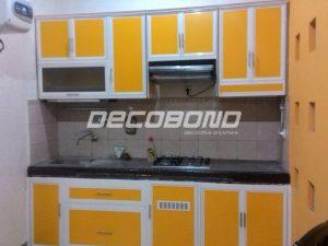 kitchen set rumah minimalis warna kuning aluminium acp decobond