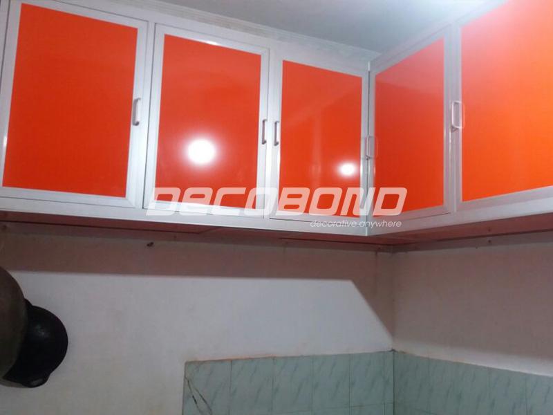 kitchen set rumah minimalis warna oranye aluminium acp decobond